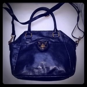 Gorgeous Elliott Lucca patent leather bag EUC!